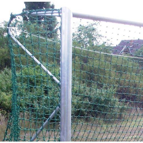 5x2m-es kapu aluminium 8x8cm-es négyzet profil natúr alu fekete csikkal, porfestett vasalattal, műanyag hálószemmel - cikkszám: 1307