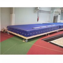 Ugrodomb-huzat-fulekkel-300x140x30-cm-es-PTP-cikkszam-1560